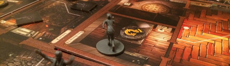 Top Of The Table Mansions Of Madness Nails The Digital Hybrid - Digital board game table